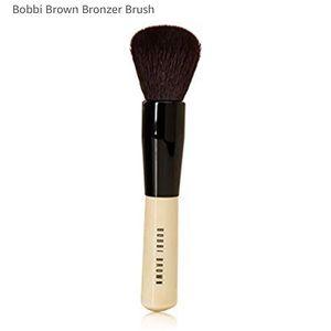 Bobbi Brown bronzer brush brand new